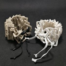 Manchettes en céramique par Claire Marfisi - Photo ©GARANCE CASSIEN