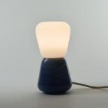 La lampe à poser Duo - Collection Moire - Bleu gris - Atelier George - Photo ©Atelier George