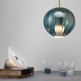 Les verres - Collection Moire - Beige clair et bleu gris - Atelier George - Photo ©Atelier George
