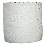 """Pot """"pluie d'or"""" en porcelaine blanche Myriam Aït Amar ©GARANCE CASSIEN"""