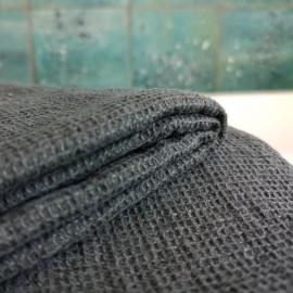 Serviette de bain nid-d'abeille en lin lavé - Linge Particulier - Photo ©GARANCE CASSIEN