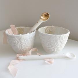 Duo de tasses expresso et cuillères en porcelaine - Myriam Aït Amar - Photo ©GARANCE CASSIEN