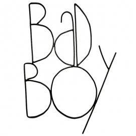 Bad Boy - Mot de décoration murale en métal noir -  Zoé Rumeau - Photo © GARANCE CASSIEN