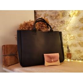 Sac à main cabas en cuir noir - Julia - Léonny Cha - Photo © GARANCE CASSIEN